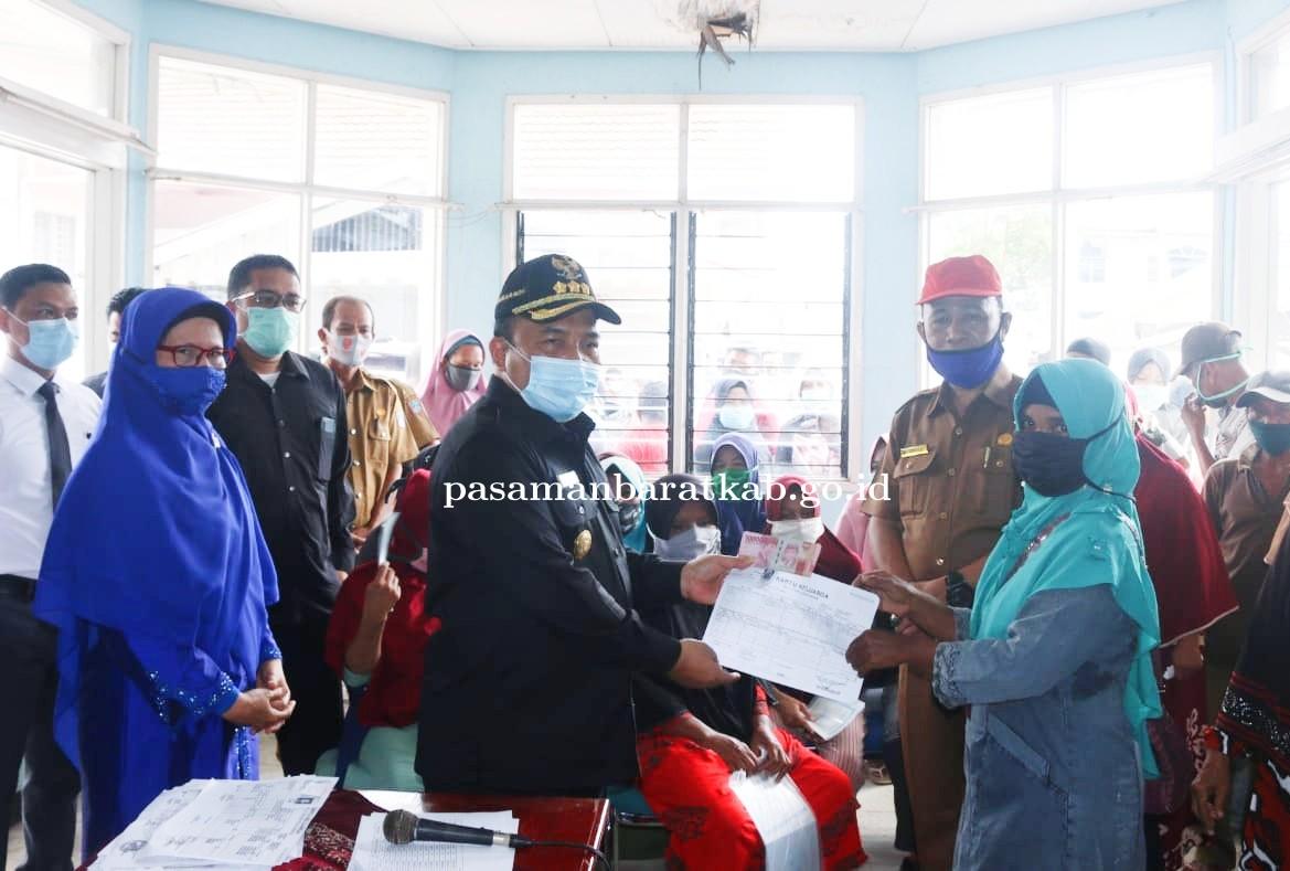 Pjs. Bupati Hansastri Apresiasi Warga Pasbar yang Kembalikan BLT