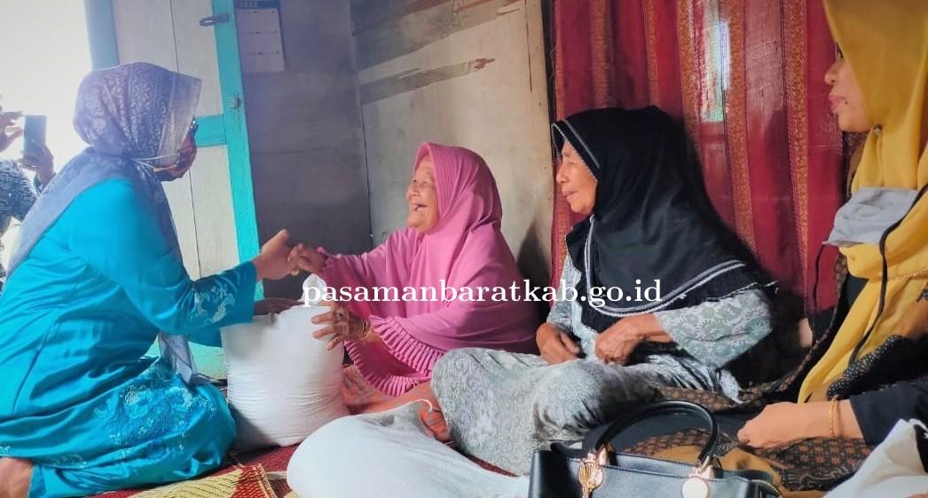 Pemkab Pasbar Serahkan Bantuan di Dua Jorong Kecamatan Lembah Melintang
